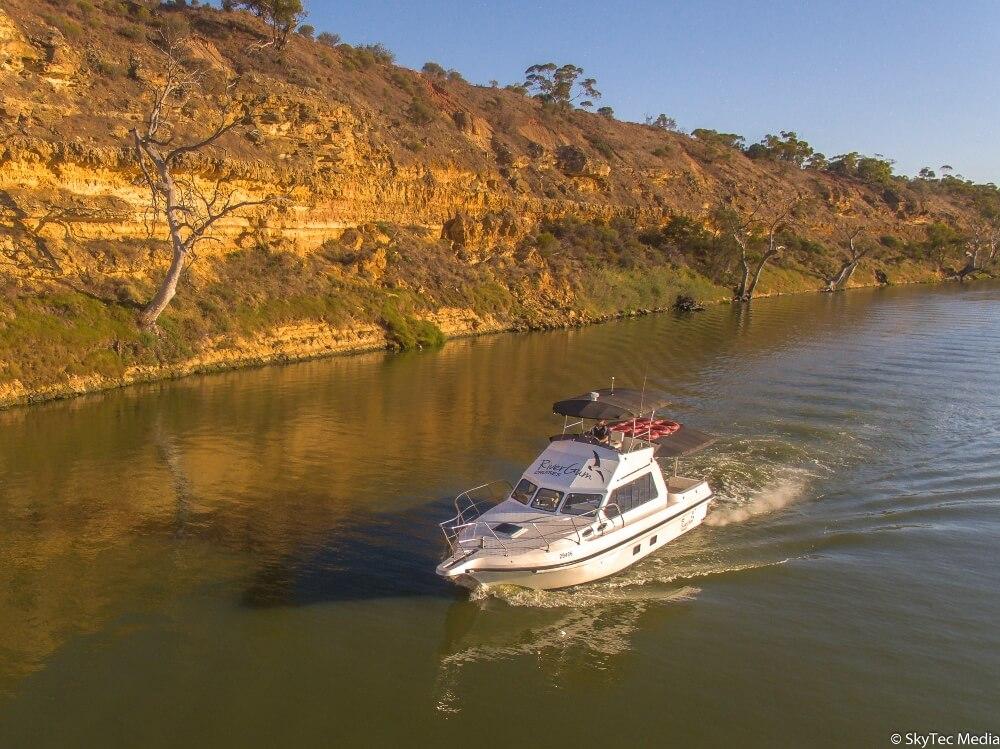 rivergum cruises murray river boat hire 2 - Home